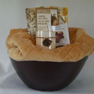 the_homecoming_gift_basket